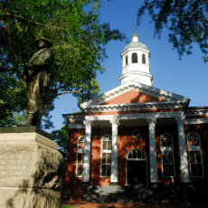 Loudoun%20County%20Courthouse%20in%20Virginia%20at%20OnGenealogy