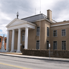 Tazewell%20County%20Courthouse%20in%20Virginia%20at%20OnGenealogy